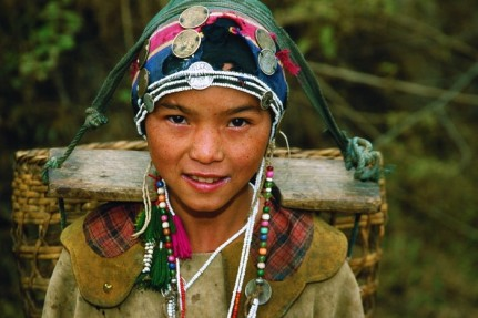 akha_girl,_north_of_laos[1]