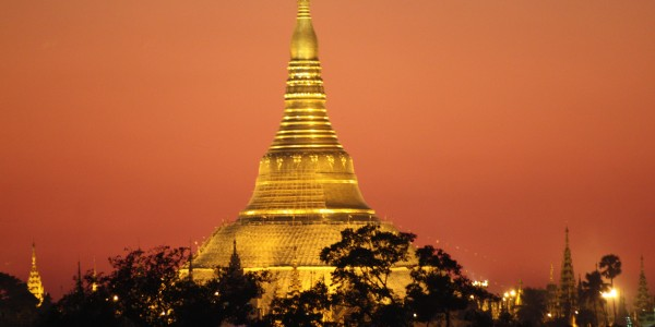 Shwedagon Pagoda_Yangon_Myanmar_Shwedagon Pagoda Night View