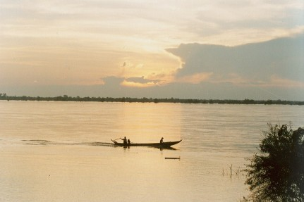 Sunset on Mekong River_ from a unique, quiet and breezy place_Cambodia (1)