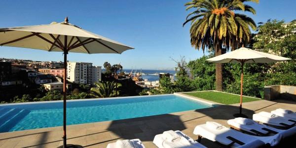 Chile - Santiago -Vina del Mar & Valparaiso - Casa Higueras - Pool