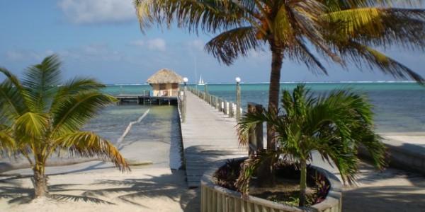 Belize - Ambergis and Caulker Cayes - Portofino - Pier