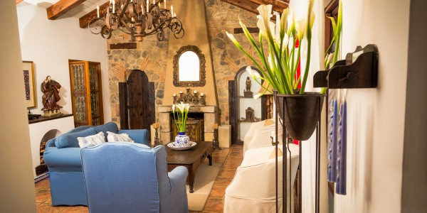 Guatemala - Antigua - Casa Encantada - Inside