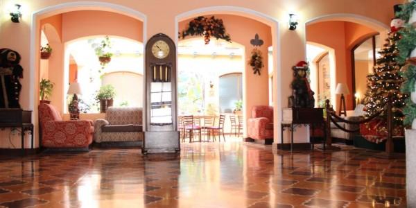 Guatemala - Chichi and San Francisco Markets - Bonifaz Hotel - Inside