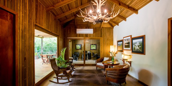 Guatemala - Flores & Tikal - Las Lagunas Hotel - Lounge