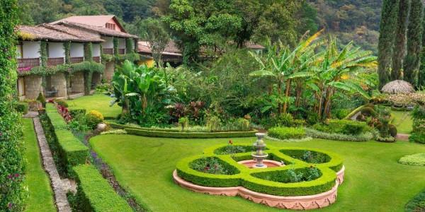 Guatemala - Lake Atitlan - Lake Atitlan Hotel - Garden