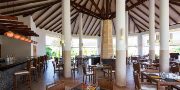 Cuba - Beaches of Cuba - Royalton Cayo Santa Maria - Restaurant