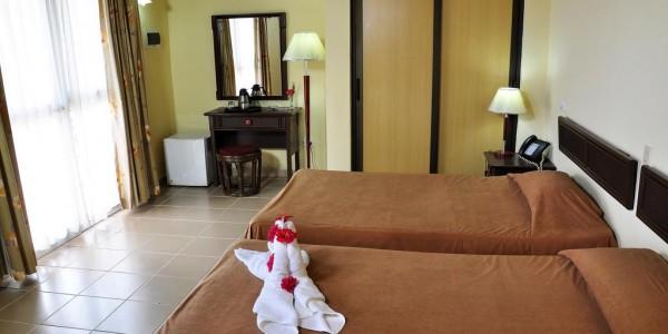Cuba - Pinar del Rio - Los Jazmines - Room