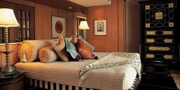 India - Agra & the Taj Mahal - Oberoi Amarvillas - Kohinoor Suite
