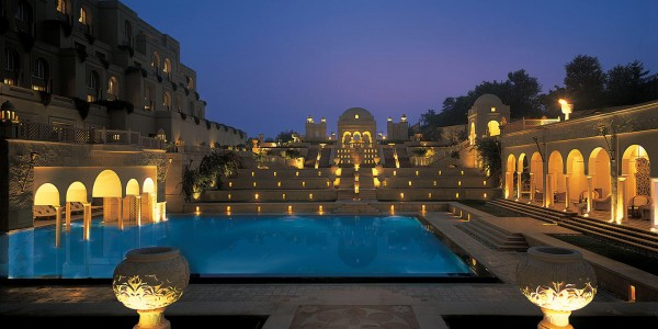 India - Agra & the Taj Mahal - Oberoi Amarvillas - Pool