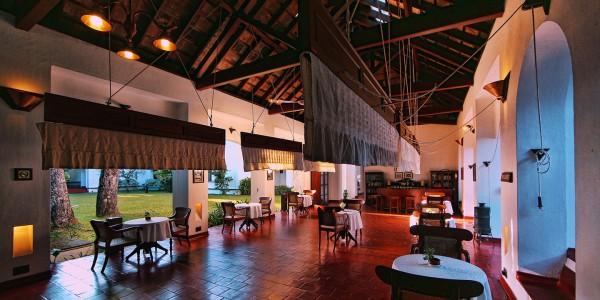 India - Cochin - Brunton Boatyard Hotel - CGH Earth - Dining