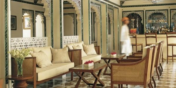 India - Rajasthan - Taj Lake Palace - Bar