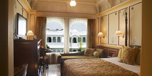 India - Rajasthan - Taj Lake Palace - Suite 2