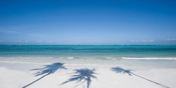 Bwejuu-Beach.breezes 800x536