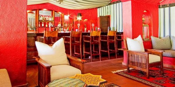 Botswana - Chobe National Park - Chobe Game Lodge - Bar