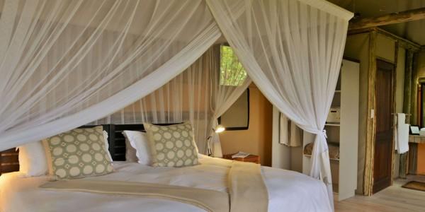Botswana - Chobe National Park - Ghoha Hills Savuti - Room2