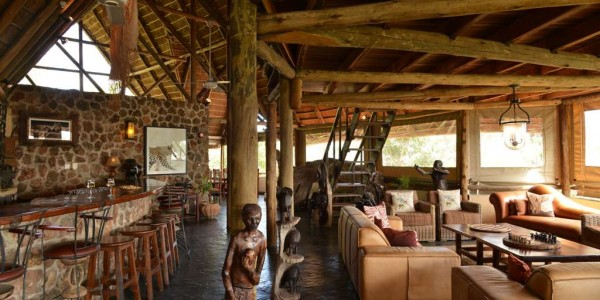 Botswana - Chobe National Park - Muchenje Safari Lodge - Bar