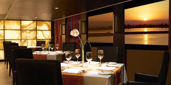 Egypt - Nile Cruises - Oberoi Zahra - Restaurant