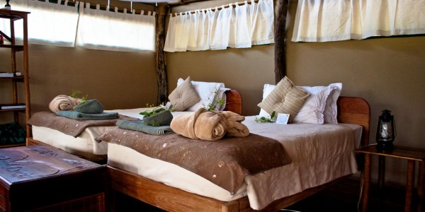 Malawi - Liwonde National Park - Mvuu Lodge - Tent