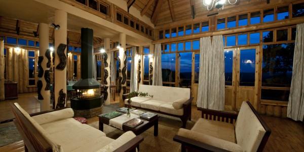 Malawi - Nyika Plateau National Park - Chelinda Lodge - Lounge