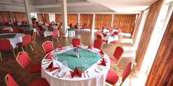 Rwanda - Akagera National Park - Akagera Game Lodge - Restaurant