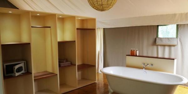 Rwanda - Akagera National Park - Ruzizi Tented Lodge - Bathroom
