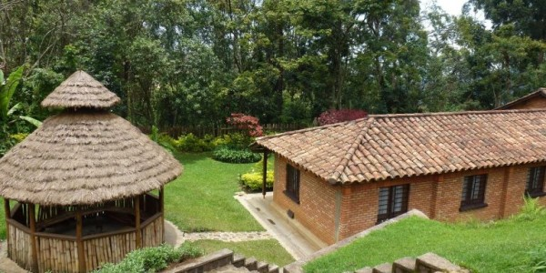 Rwanda - Nyungwe Forest National Park - ORTPN Rest House (Gisakura Guest House) - Outside