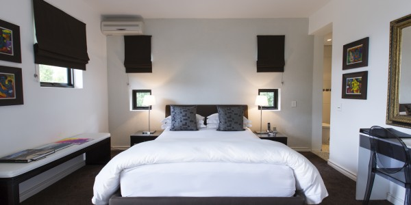 South Africa - Cape Town - Kensington Place - Standard Room