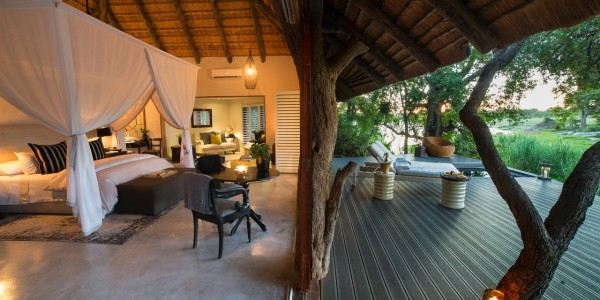 South Africa - Kruger National Park & Private Game Reserves - Chitwa Chitwa Game Lodge - Luxury Suite
