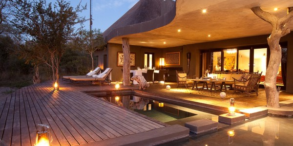South Africa - Kruger National Park & Private Game Reserves - Chitwa Chitwa Game Lodge - Outside