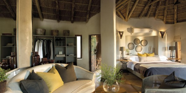 South Africa - Madikwe Game Reserve - Madikwe Safari Lodge - Suite