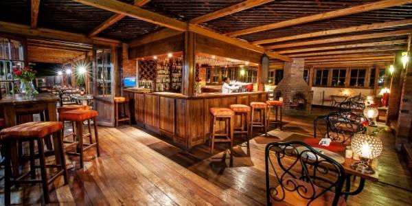 Tanzania - Arusha - Arusha Coffee Lodge - Bar