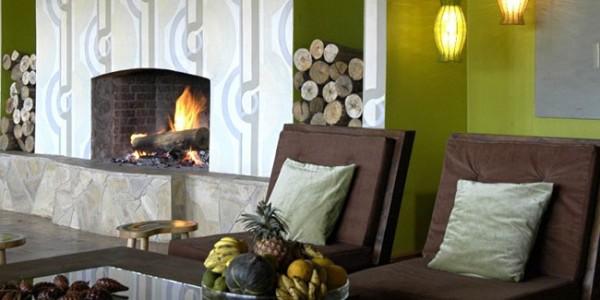 Tanzania - Arusha - Hatari Lodge - Fireplace
