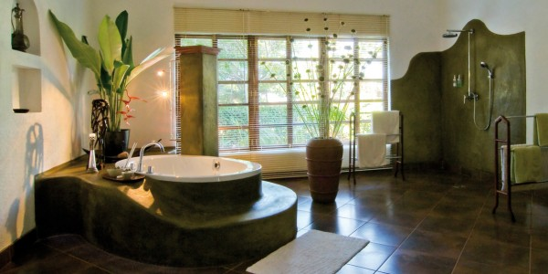 Tanzania - Ngorongoro Crater - The Plantation Lodge - Bathroom