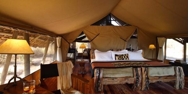 Tanzania - Ruaha National Park - Jongomero Camp - Bed