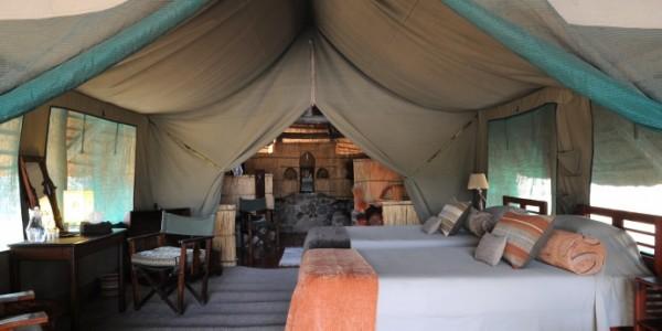Tanzania - Ruaha National Park - Mwagusi Safari Camp - Bandas