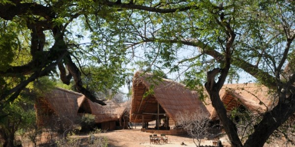 Tanzania - Ruaha National Park - Mwagusi Safari Camp - Outside