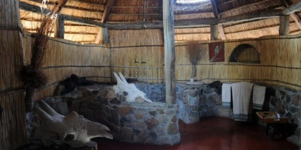 Tanzania - Ruaha National Park - Mwagusi Safari Camp - Shower
