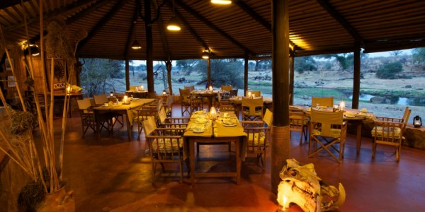 Tanzania - Ruaha National Park - Ruaha River Lodge - Dining