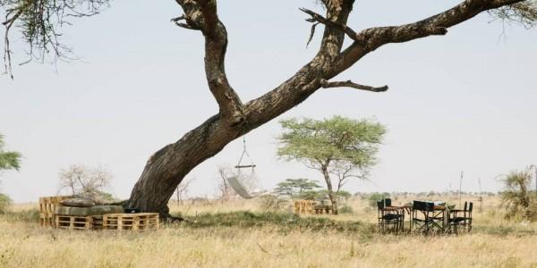 Tanzania - Serengeti National Park - Namiri Plains Camp - Dining