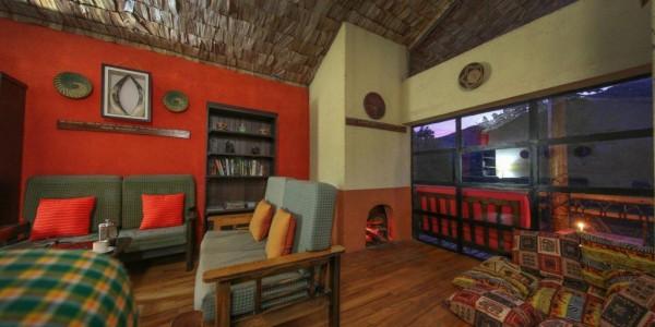 Uganda - Bwindi National Park - Mahogany Springs Lodge - Main Building Lounge