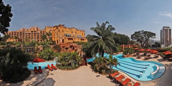 Uganda - Entebbe, Jinja & Kampala - Kampala Serena Hotel - Pool