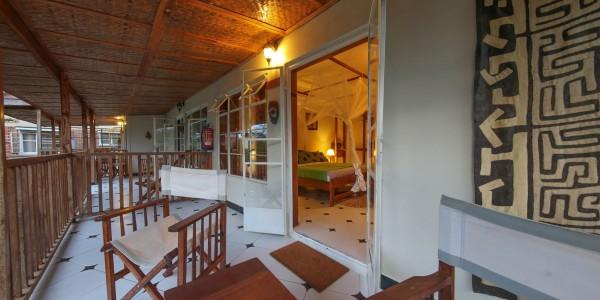 Uganda - Entebbe, Jinja & Kampala - Papyrus Guesthouse Entebbe - Garden Room