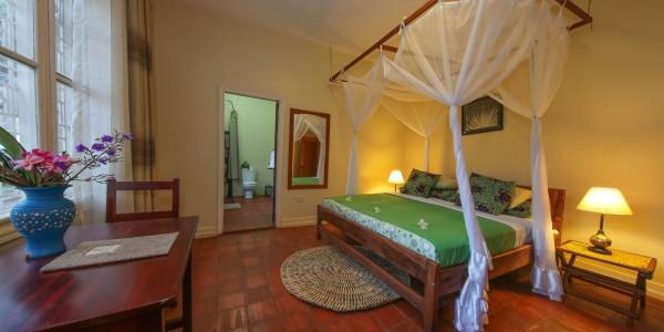 Uganda - Entebbe, Jinja & Kampala - Papyrus Guesthouse Entebbe - Standard Room