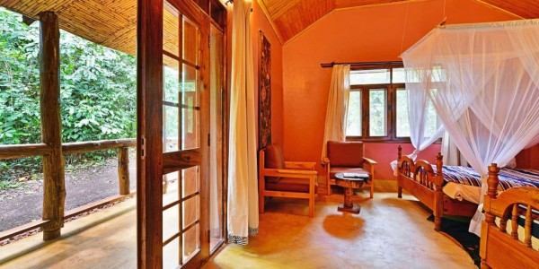 Uganda - Kibale Forest National Park - Primate Lodge - Standard Room