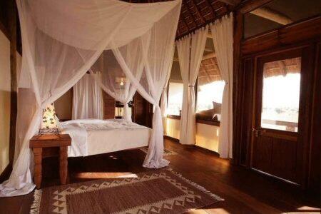Uganda - Kidepo National Park - Apoka Safari Lodge - Bedroom