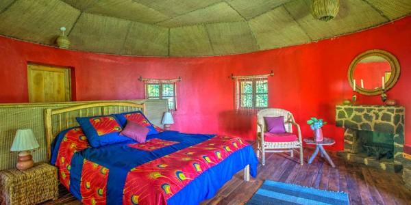 Uganda - Mgahinga Gorilla National Park - Mount Gahinga Lodge - Bedroom