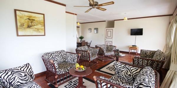 Uganda - Queen Elizabeth National Park - Mweya Safari Lodge - Inside