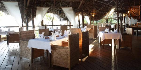 Zanzibar - Pemba Island - Fundu Lagoon - Dining