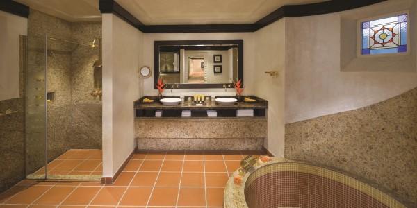 Jumeirah Beach Hotel - Beit Al Bahar Two Bedroom Royal Villa - Bathroom