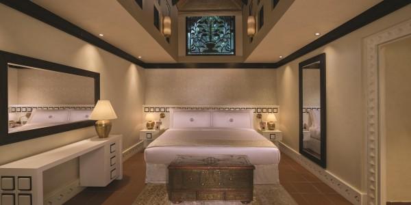 Jumeirah Beach Hotel - Beit Al Bahar Two Bedroom Royal Villa - Bedroom King